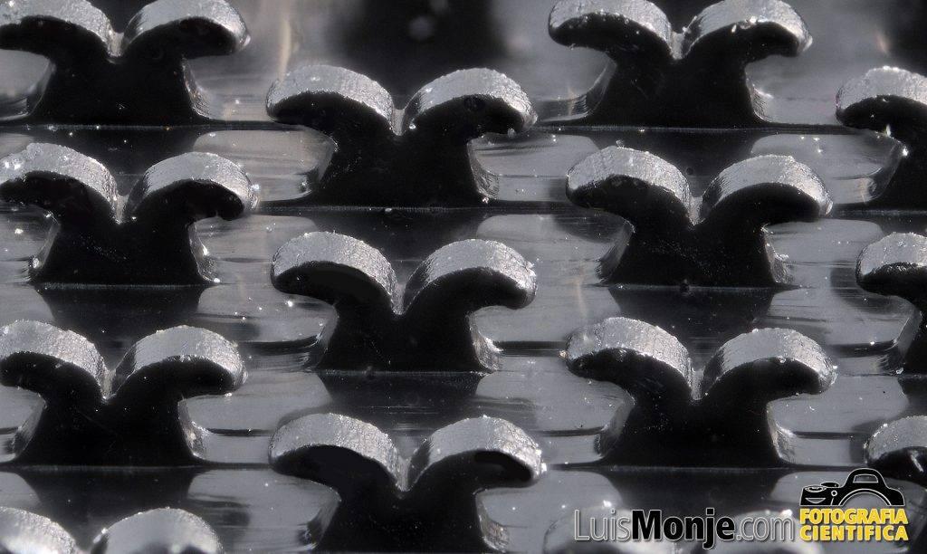 Súpermacro de uno de los nuevos Velcros en forma de cola de ballena desarrollados por 3M